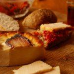 Pečeni sir sa slaninom 250gr